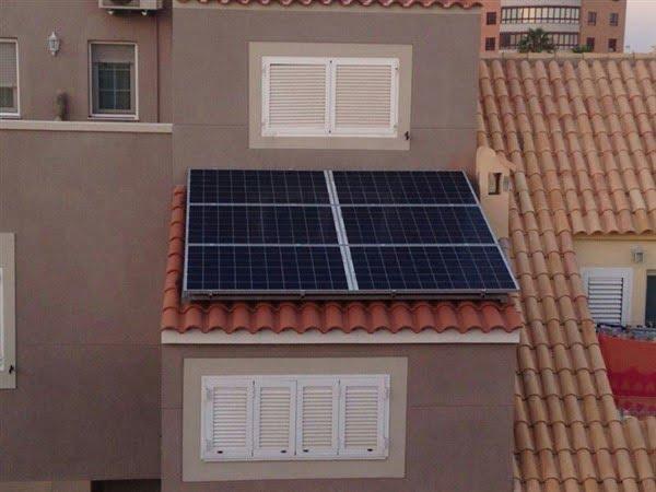 paneles fotovoltaicos en red en cubiertas
