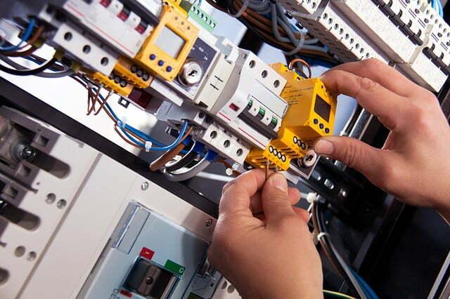 instalación cuadros electricos